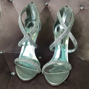 💍Steve Madden Silver Heels